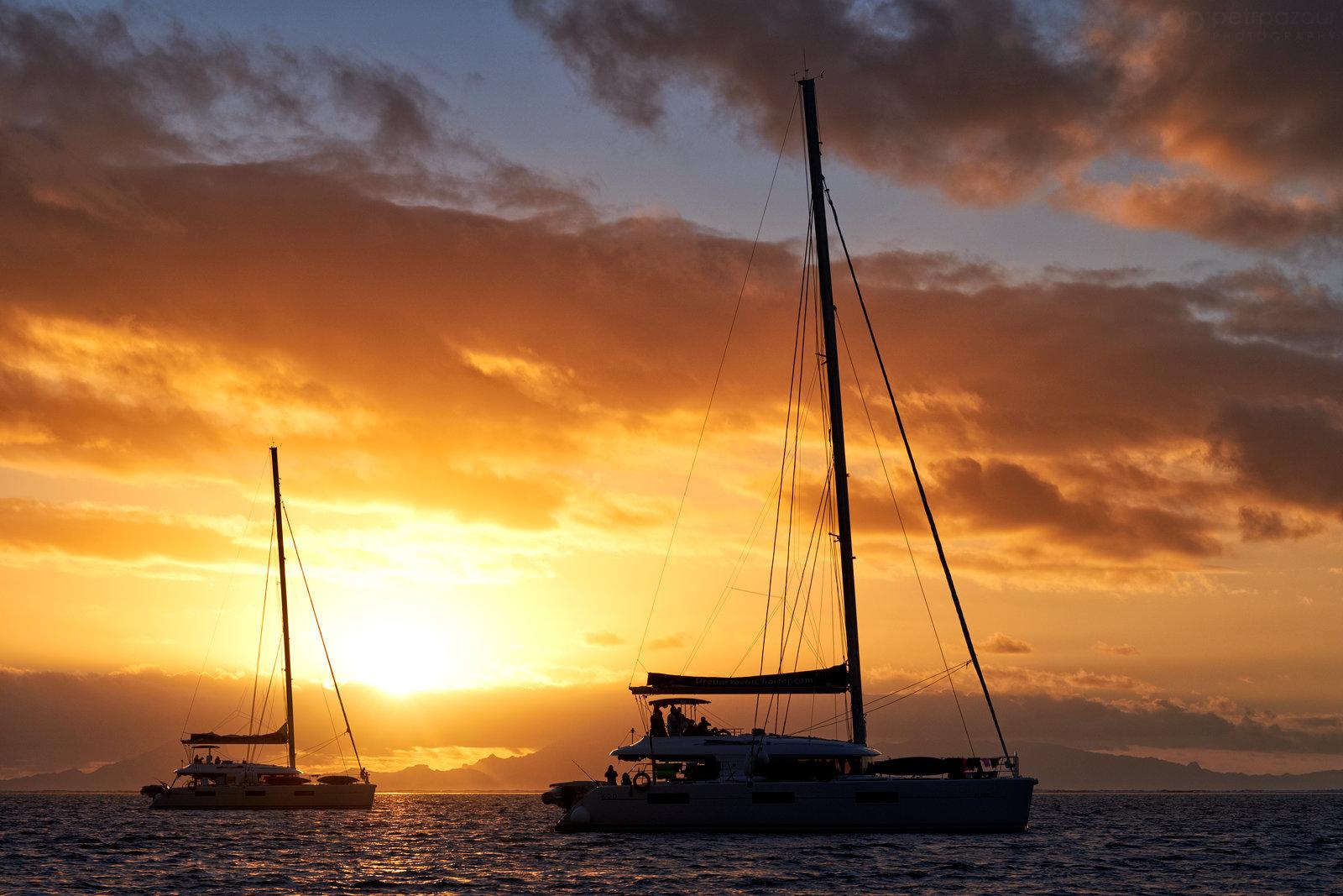 Pohoda na laguně ostrova Huahine