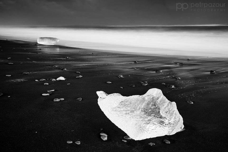 Islandská černá a bílá