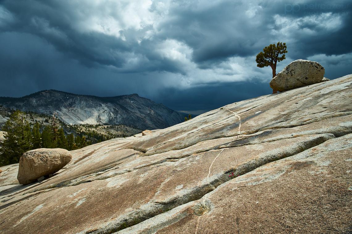 Zamračená Sierra Nevada