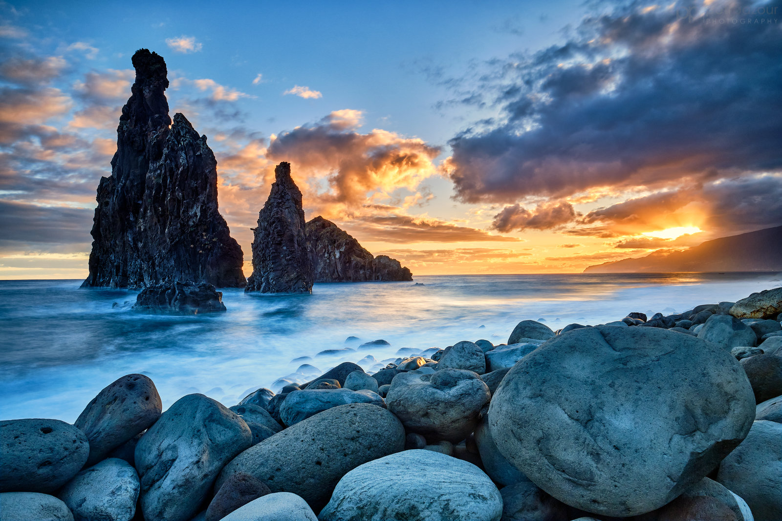 Madeira - Svítání na Ribeira Da Janela