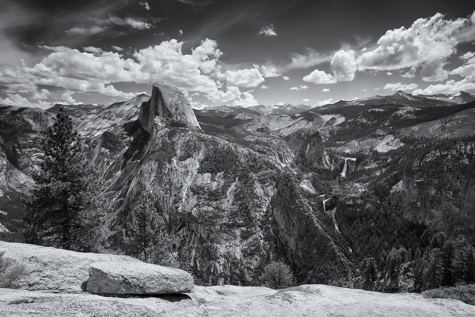 Pohled na Yosemitský národní park