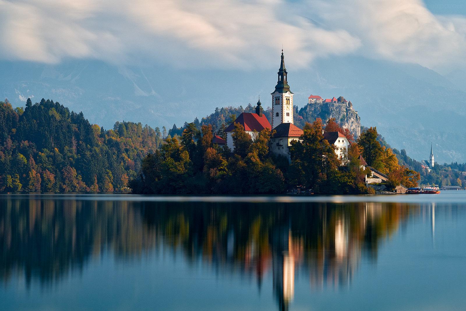 Zrcadlení na jezeře Bled